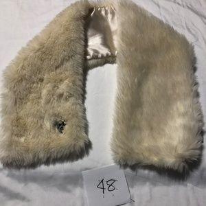 Old Navy Faux Fur White Satin Shawl Scarf OS